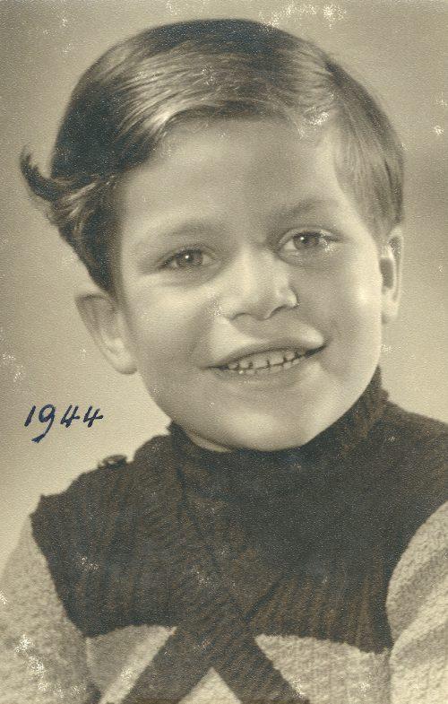 <p>Heidi's uncle – Robbie<br /> Lichtenstern, 1944</p>