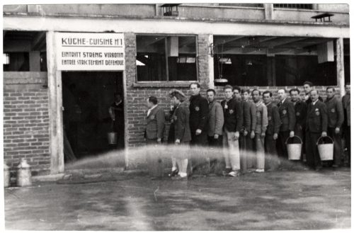 <p>Camp for Jewish civilian internees. Waiting in front of the kitchen at mealtime.</p> <p><small>copyright International Committee of the Red Cross ICRC, 10/05/1944, World War II. Drancy. Camp for Jewish civilian internees, V-P-HIST-00729-03A</small></p>